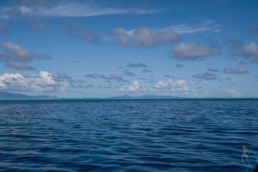 Vue de l'île de Taha'a depuis Huahine.
