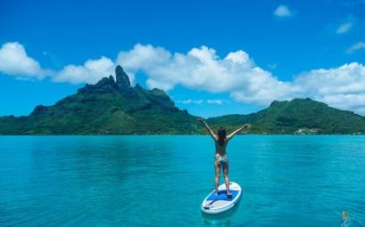 L'île de Bora Bora vue depuis l'est de son lagon.