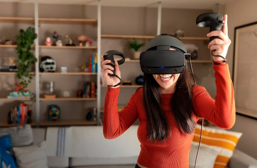 Playing the Oculus Rift S