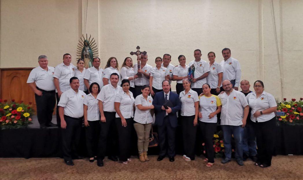 Dicta Pepe González exitosa conferencia organizada por Encuentro Matrimonial Mundial Manzanillo