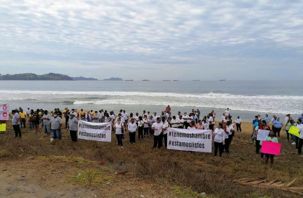 Trabajadores de playa y turismo exigen re apertura de playas en Manzanillo