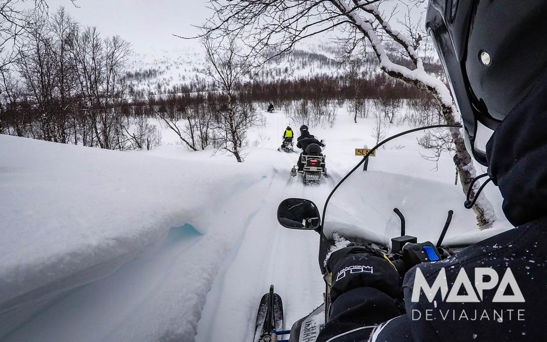 Moto de Neve Snowmobile em Tromso Noruega