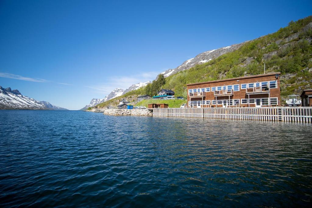 Onde-ficar-Tromso-Ersfjordbotn Brygge
