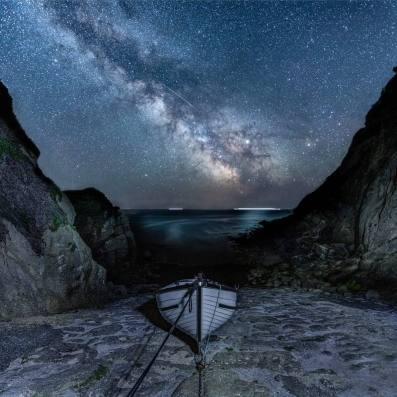 Astronomy Photographer of the Year by @jenrogersphotography