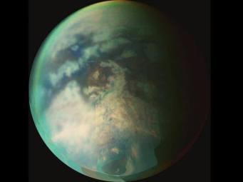 PIA09034_superfície do satélite natural de Saturno, Titã por imagem da Nasa
