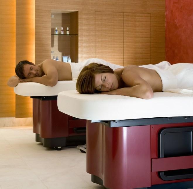 Le massage Twin, pour ne pas abandonner sa moitié - Photo: Carasana