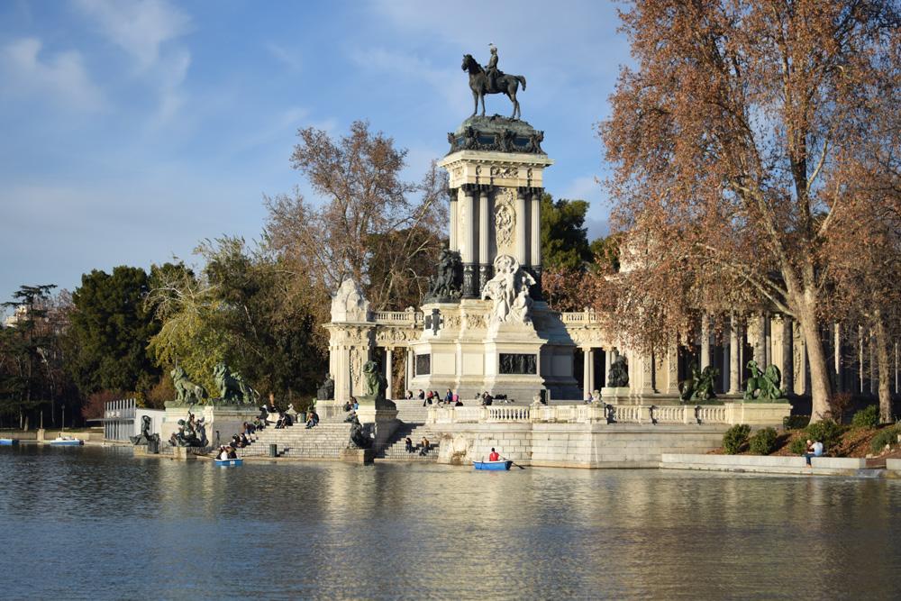 Madrid-Winter-day-in-Retiro-Park-1000px-opt