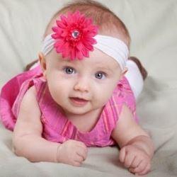 Развитие младенца в один год девять месяцев: рост, вес, прибавки, питание, зрение, что должен уметь, игрушки