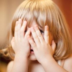 Если дети ябедничают: причины, как реагировать, как отучить?