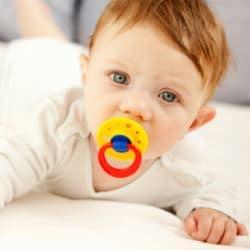 Как выбрать подгузники для новорожденных детей? Отличия, обзор марок