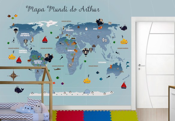 Papel de parede mapa mundi 18-G aplicado com nome personalizado e complemento de cima da porta