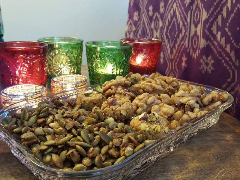 Simple and delicious candied pumpkin seeds | School safe snacks | Homemade Diwali gifts | Hostess Gifts | Healthy snacks | Maple and Marigold
