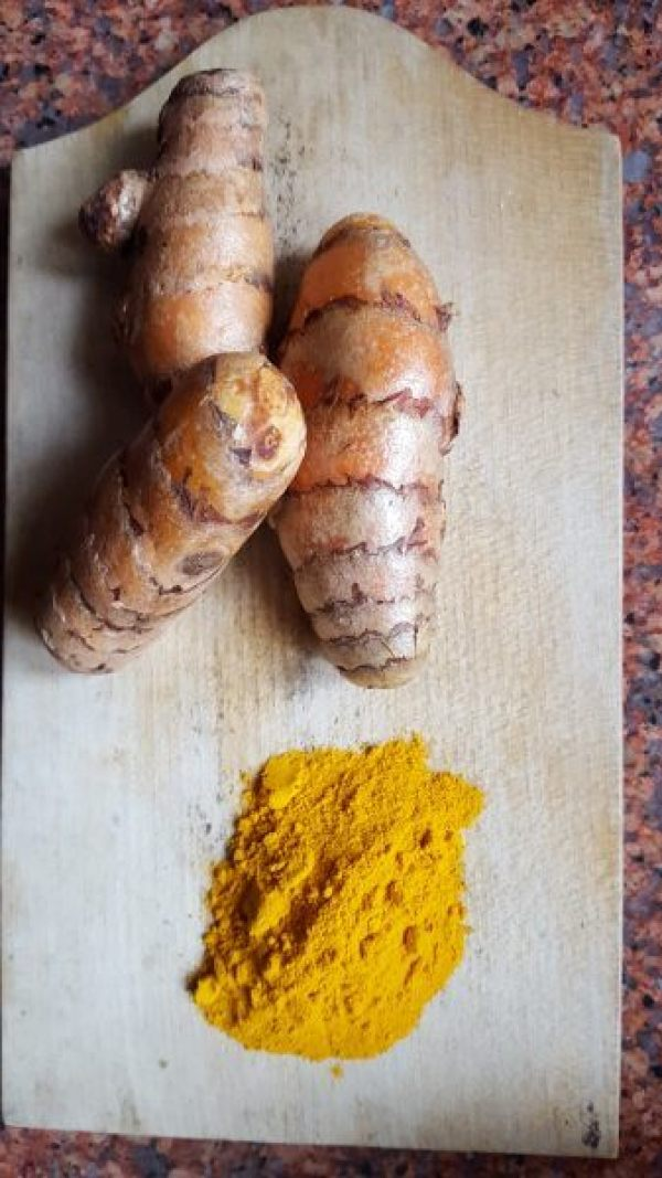 The easiest way to take Turmeric | Natural health remedy for cold and flu | Simple and easy recipe for Golden Milk | Turmeric and it's health benefits| Maple and Marigold