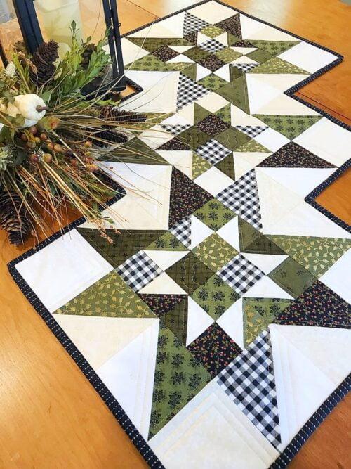 Cottage Star Pillow & Table Runner Pattern