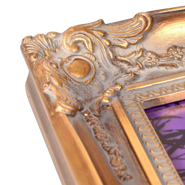 Swept frame 818 in gold