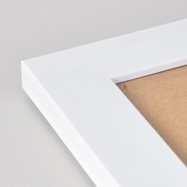 Freestyle white picture frame corner