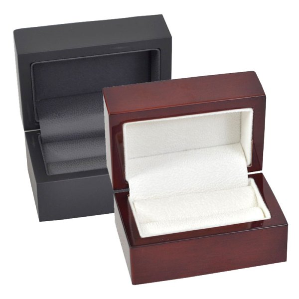 Super Deluxe presentation boxes