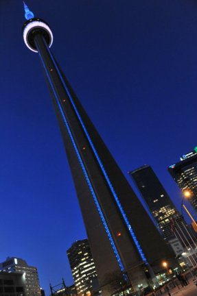 CN Tower blue light