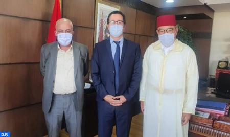 إجراءات الدعم الإستثنائي.. الفيدرالية المغربية لناشري الصحف تعلن عن قرار الاستمرار في صرف الأجور لثلاثة شهور أخرى