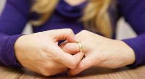 Njihuni me ligjet më të çuditshme për divorcin
