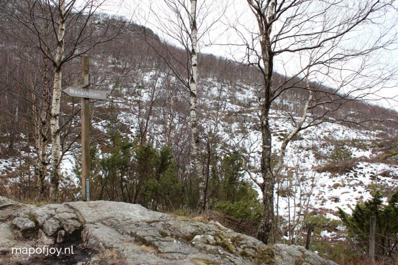 Manafossen waterfall, Norway - Map of Joy