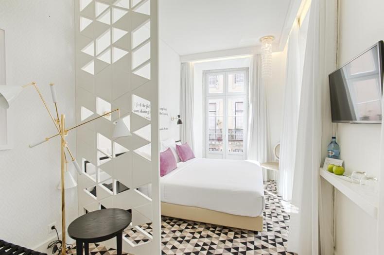 16x goedkoop en bijzonder slapen in Lissabon, Hotel Lis