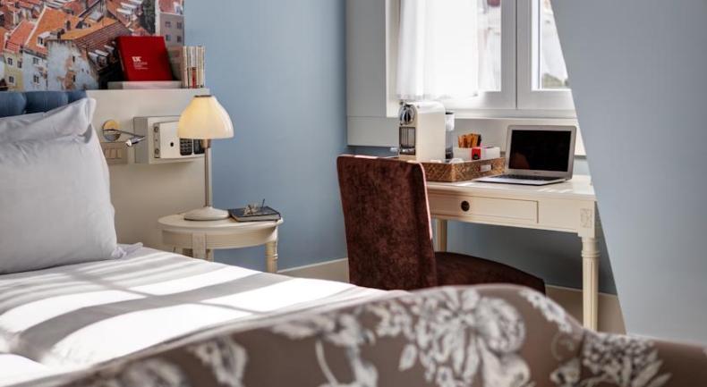 16x goedkoop en bijzonder slapen in Lissabon, LX Boutique Hotel - Map of Joy