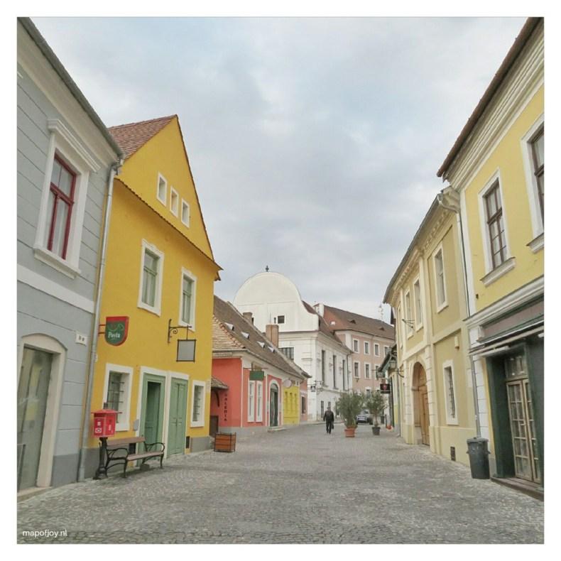 Street in Szentendre, near Budapest - Map of Joy
