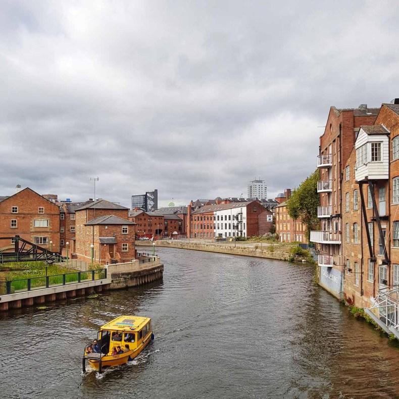 watertaxi, leuke dingen doen in Leeds - Map of Joy