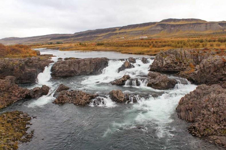 Glanni waterval. IJsland in de herfst: 3x de mooiste watervallen - Map of Joy