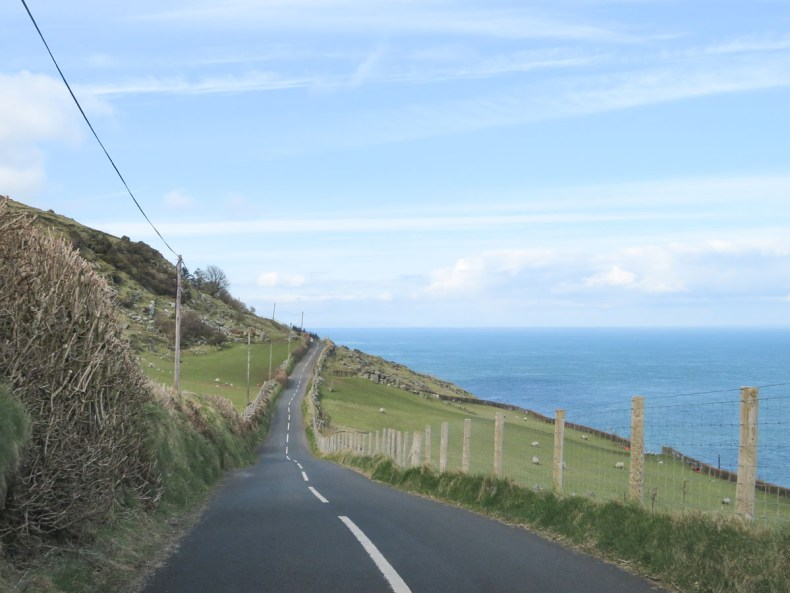 Torr Road, de mooiste bezienswaardigheden van de Causeway Coastal Route [roadtrip route] - Map of Joy