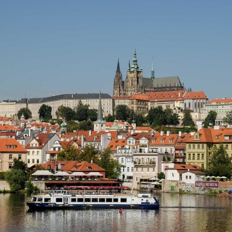 Dit zijn de 26 leukste stedentrips in de herfst, Praag