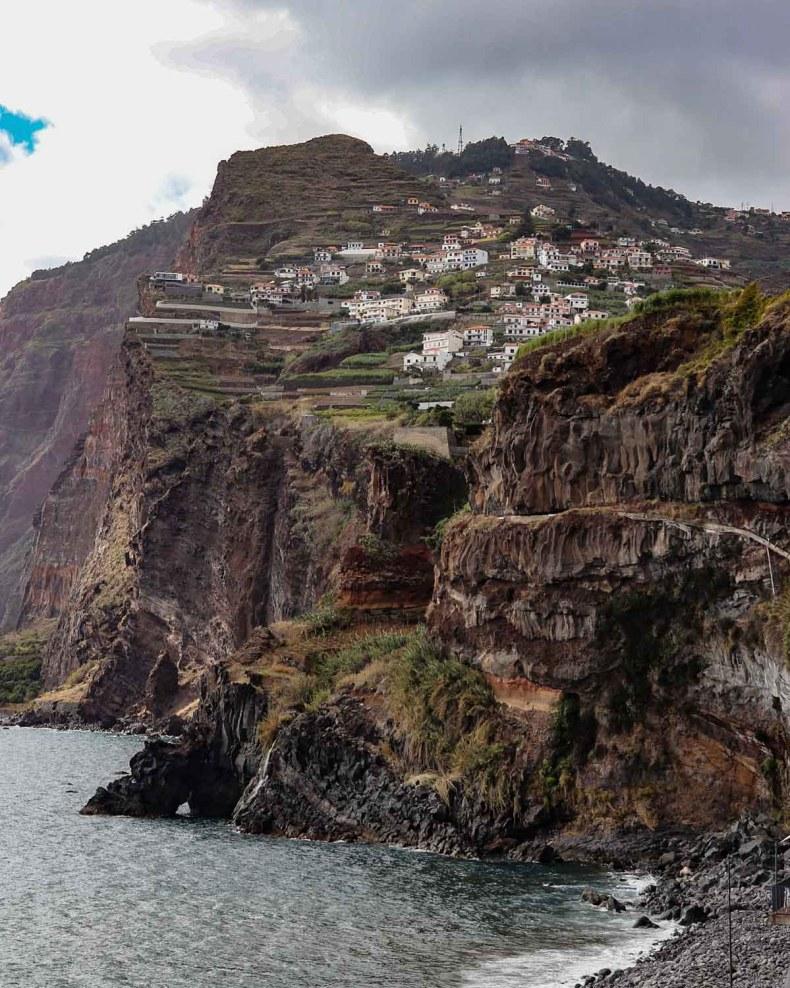 Mooiste bezienswaardigheden op Madeira [roadtrip route], Camara de Lobos  - Map of Joy