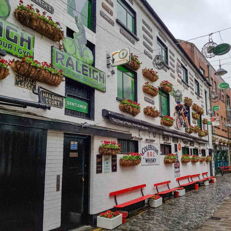 5x de leukste, traditionele pubs in Belfast [met livemuziek], Duke of York - Map of Joy
