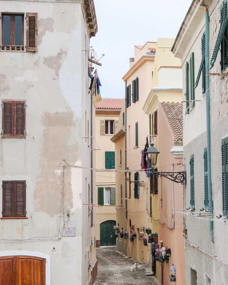De mooiste plekken van Noord-Sardinië [roadtrip route], Alghero - Map of Joy