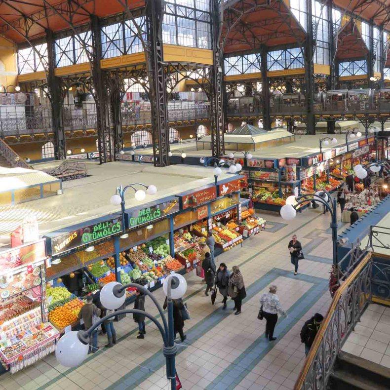 20x de allerleukste dingen om te doen in Boedapest, Grote Markthal - Map of Joy