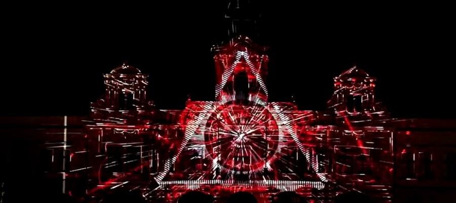 Потрясающий 3D mapping на Городскую Ратушу чешского города