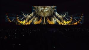 Поражающий 3D mapping на бухарестском Дворце Парламента