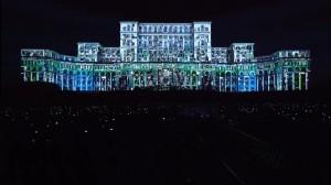 Прекрасный видеомэппинг на бухарестском Дворце Парламента