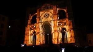 Восхитительный 3D mapping на испанский Кафедральный Собор