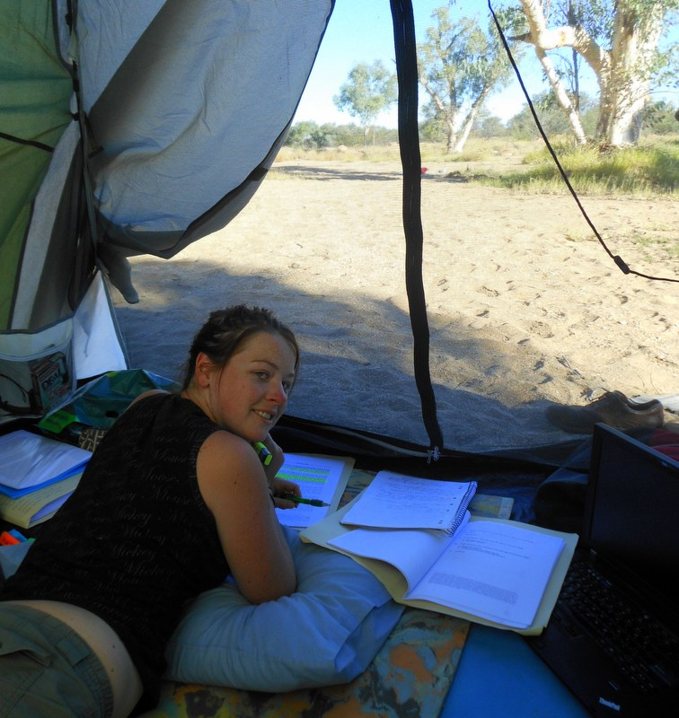 Writing my university Thesis while camping in the Australian Outback!