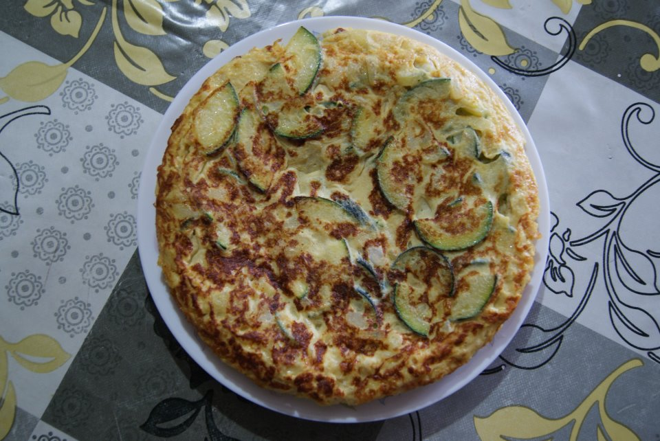 I've learnt how to cook all kinds of things through cooking with families whilst volunteering - here's my Spanish tortilla