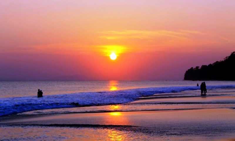 Known for the best beaches in Asia, Andaman Islands are one of the most faraway destinations in India. Located in the middle of Andaman Sea, these islands have much in common with such famous places as Maldives or Bali, but at quite a lower price.