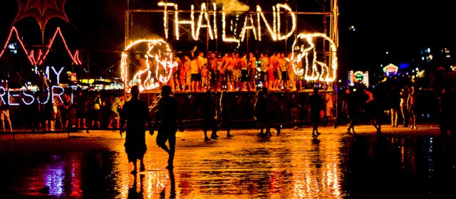Tips for Surviving Thailand's Full Moon Party