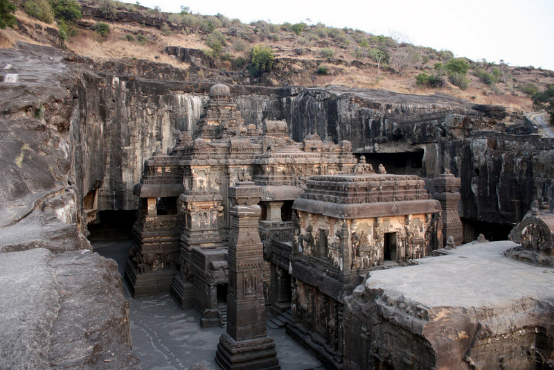 Ellora Caves are situated at a distance of 100 Kilometers from Ajanta Caves and 29 Kilometers from the city of Aurangabad in Maharashtra.