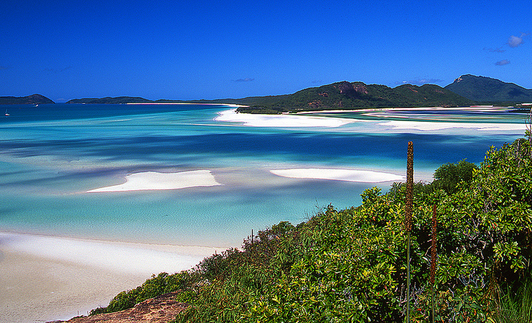 The lookout at Tongue Point looking over Hill Inlet to Whitehaven Beach is one of the most stunning in all of Queensland.
