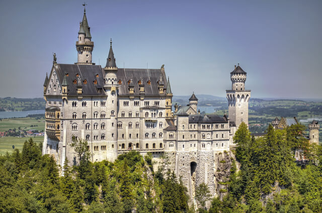 In the southwest region of Bavaria, Germany, lies Neuschwanstein