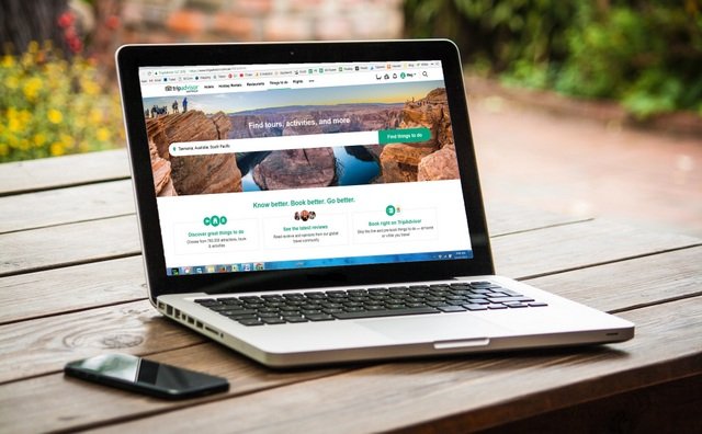 Using Tripadvisor to book your trip