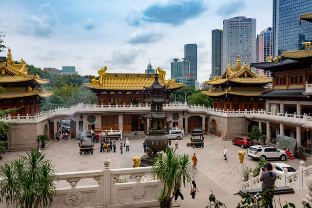 You can visit the 400 years old Yu Gardens to experience the traditional side of the city