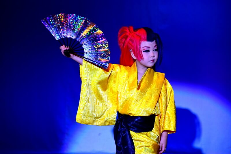 Take in a traditional Japanese dance show at Gofukuza.